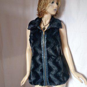 Nwt $99 ANDREW MARC Full Zip Faux Fur Vest Coat L